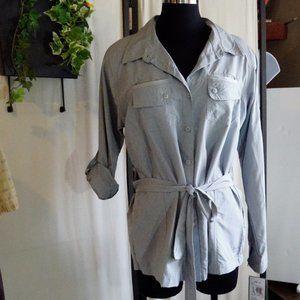 Cabela's Nylon Belted Shirt sz L NWT Vented
